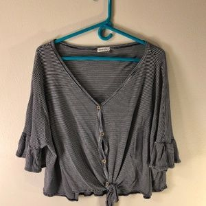 Nordstrom Rack | Crop Top/Flowy Shirt | Size M